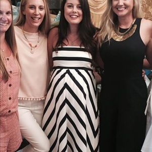 Beautiful Jessica Simpson Maternity Dress Medium